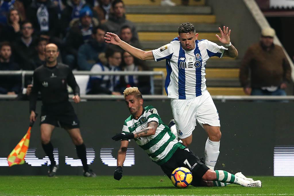 Corinthians pode acertar com atacante do Porto