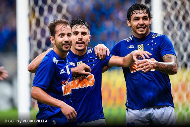 Éverton Ribeiro e Ricardo Goulart podem voltar a jogar juntos ... df094b1126a85
