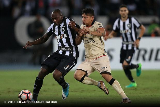 O Cruzeiro segue buscando uma forma de viabilizar a contratação do atacante  Sassá f3848ae0f41a5