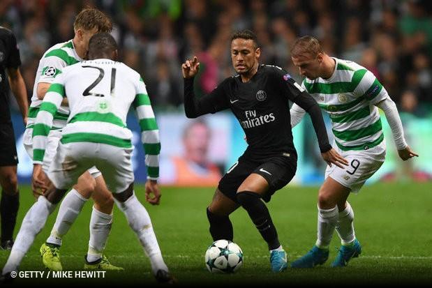 6d04609f2f992 Na terça-feira de Liga dos Campeões, Neymar foi, mais uma vez, muito vaiado  em Glasgow. O brasileiro já havia sido muito criticado na Escócia quando ...