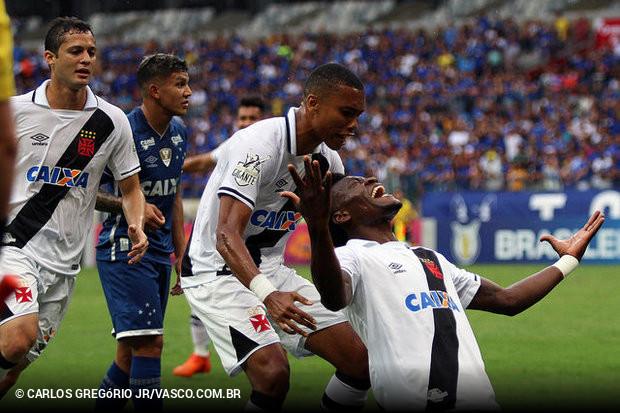 Vasco bate Cruzeiro no Mineirão e 8ab38ae6cae28