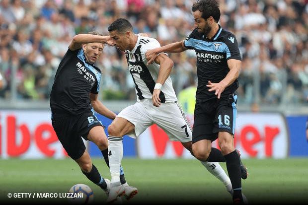 Cristiano Ronaldo passou em branco na estreia diante da torcida da Juventus 09e642ca7c707