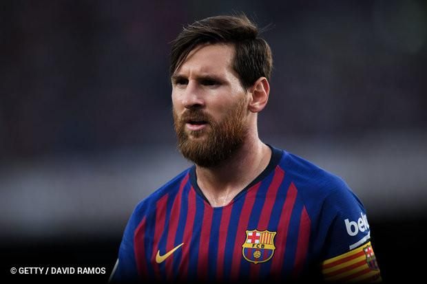 2a880d04c8 No interminável duelo virtual entre Lionel Messi e Cristiano Ronaldo em  busca de quebrar recordes