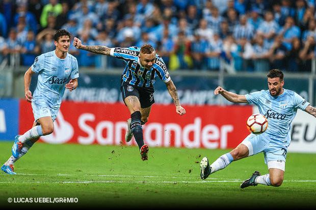 Grêmio passeia sobre Tucumán e pega River na semifinal da ... 7cf009d3312e8