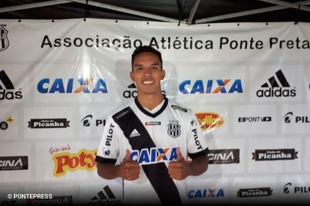 O primeiro reforço do São Paulo para 2019 vem do Moisés Lucarelli. O  lateral-direito Igor Vinícius adcbe26acda