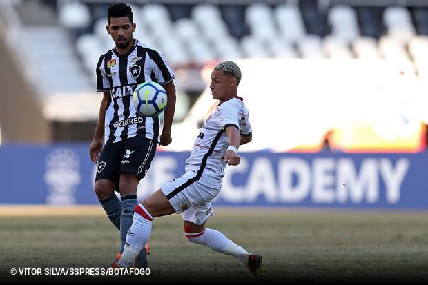 Dirigente do Botafogo confirma acerto com Palmeiras por Matheus ... 6b228571f9d12