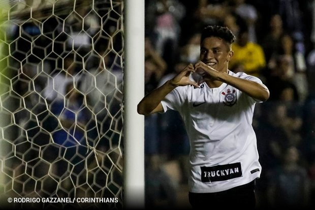 a23fede48c O Corinthians acabou com o sonho do Visão Celeste e enfiou 8 a 0 no rival