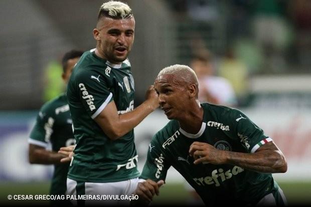 Palmeiras não faz grande jogo 7cd43a2d46ad4
