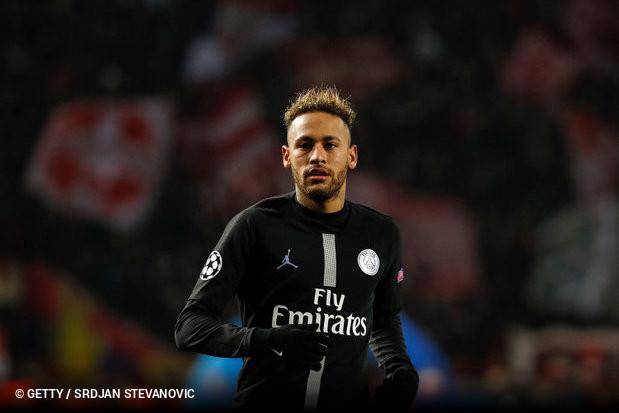 A lesão que assombrou Neymar em 2018 voltou a ser preocupação para o  jogador e para o Paris Saint-Germain. O atacante deixou o campo no segundo  tempo do ... a974a594cb494