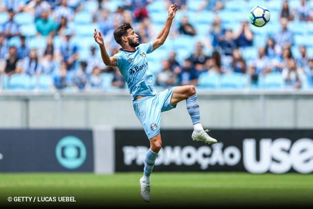 Grêmio trabalha para manter Juninho Capixaba    ogol.com.br 83f5738fa9892