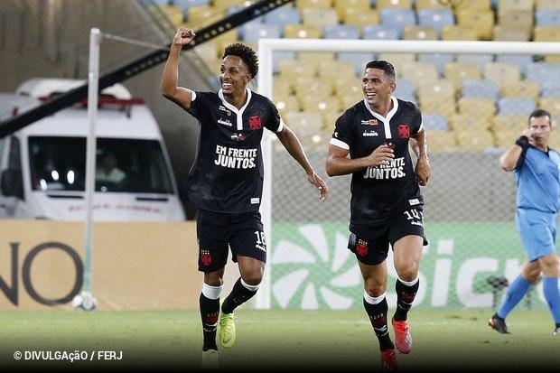 Em noite de muitas homenagens e estreia do VAR no Campeonato Carioca 5424750f57eaa