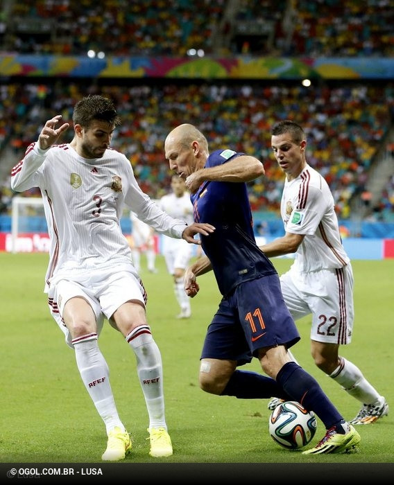 3bea77cd84 Espanha v Holanda (Mundial 2014)    Fotos    ogol.com.br
